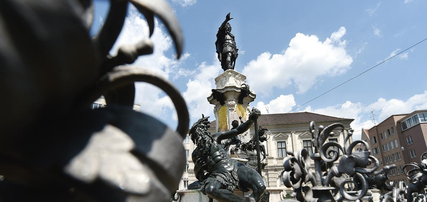 The Augustus Fountain on the Town Hall Square of Augsburg ©Ruth Plössel/Stadt Augsburg